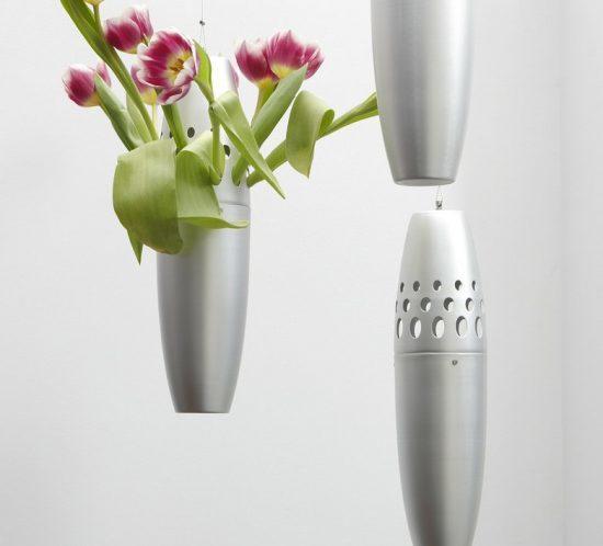 roses-aluminum-hunging-flower-vase-christina-skouloudi-0